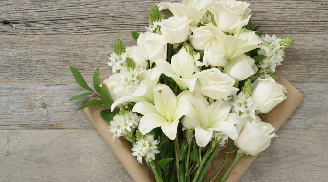 WHY FLOWERS ARE BEST FOR CONDOLENCES